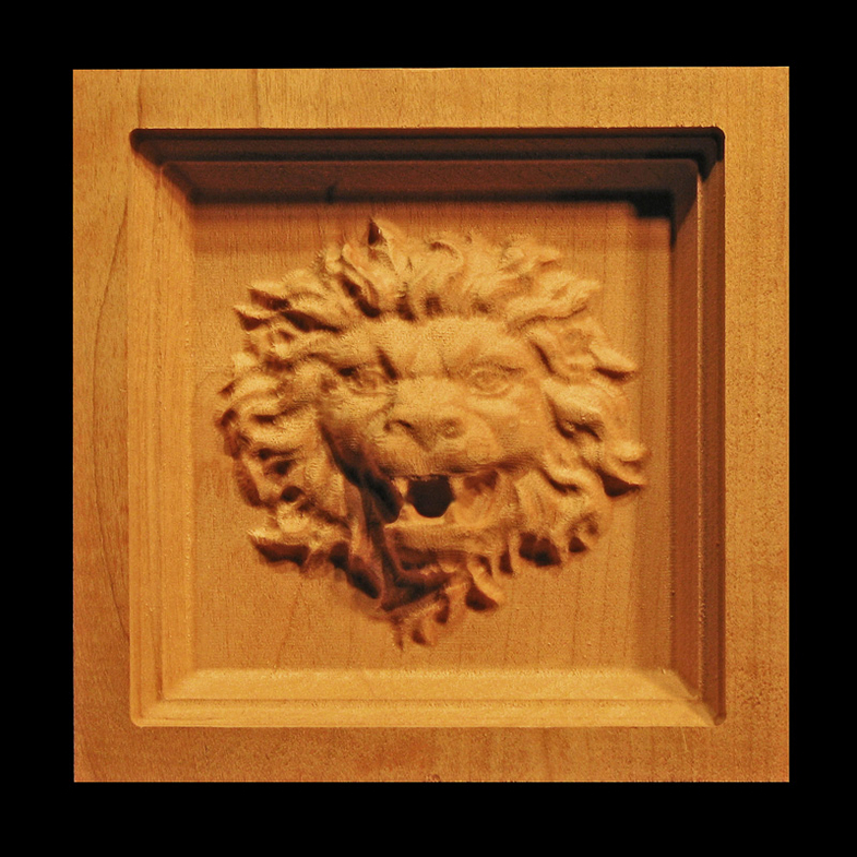 Block Roaring Lion Head Carved Wood