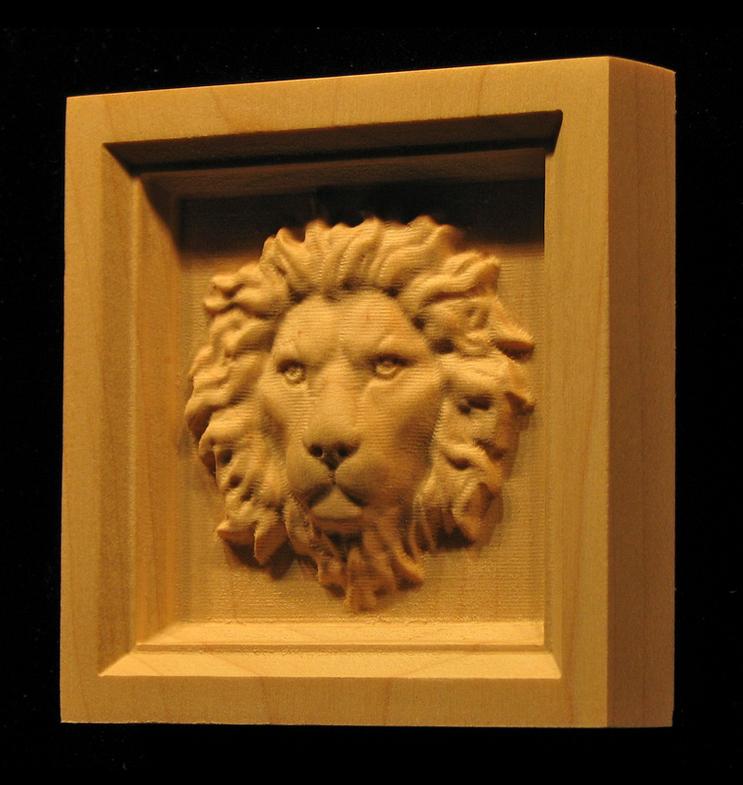 Corner Block - Regal Lion