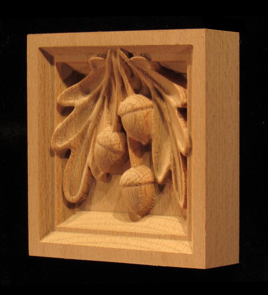 Corner Block - Oak Leaves & Acorns