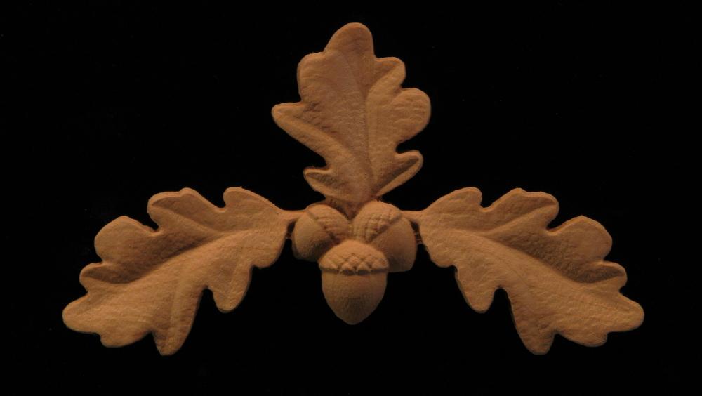 Onlay Oak Leaves Center Carved Wood