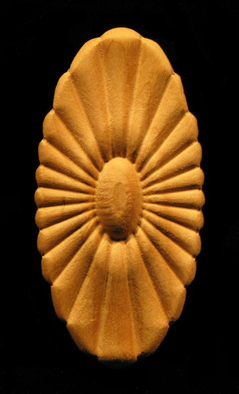 Onlay Sun Daisy Oval Carved Wood