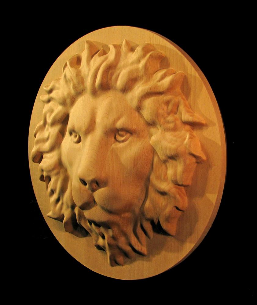 Medallion - Regal Lion