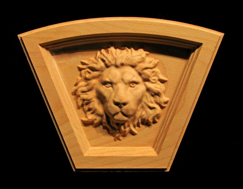 Keystone - Regal Lion - Arched Top