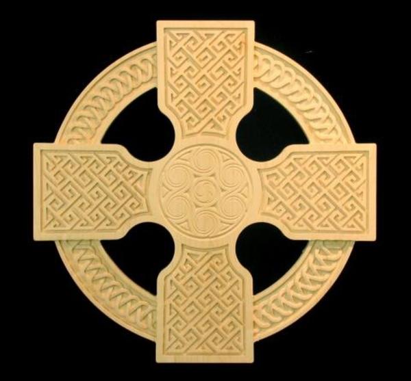 Image Gift - Carved Celtic Ringed Cross, 20