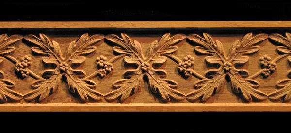 Image Frieze Moulding - Oak Leaves Weave