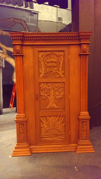 Image The Lion, the Witch, and the Wardrobe, Narnia Closet