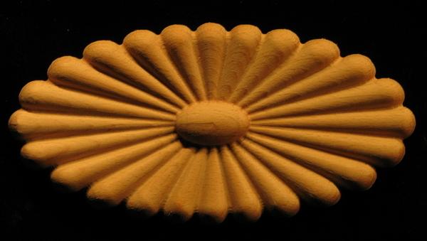 Onlay - Sun Daisy Oval Carved Wood