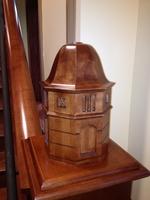 Image Western Kentucky University Cupola - Newel